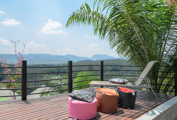Terrasse zum Entspannen | © panthermedia.net / Boonsom Chotpaiboonpun